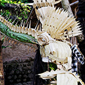 indonésie: Magnificent dragon made of banana leaves. *Selamat Datang* means Welcome! :)